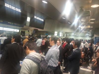 新幹線の改札